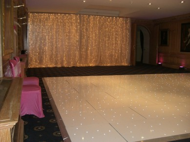 White Pea Light Curtain & Dance Floor