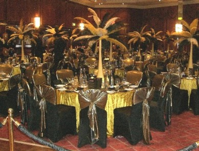 Table Centre: Gold & Black Feather Tower