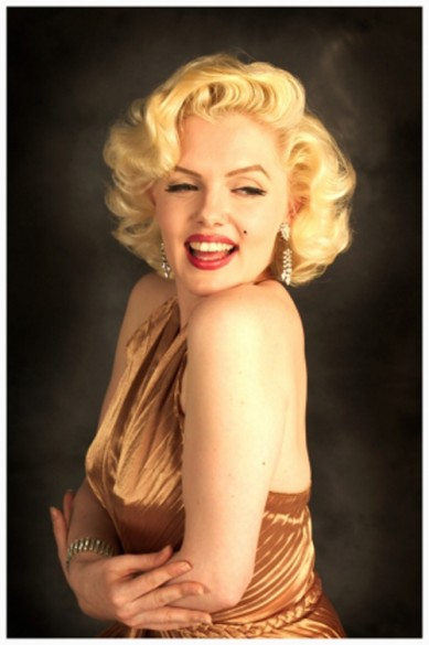 Marilyn Monroe in Gold