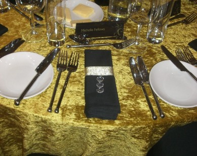 Table Centre: Gold & Black Feather Towers